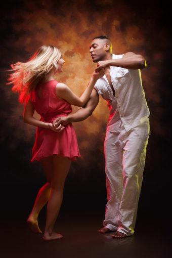 Danses à 2 ... Danses latines